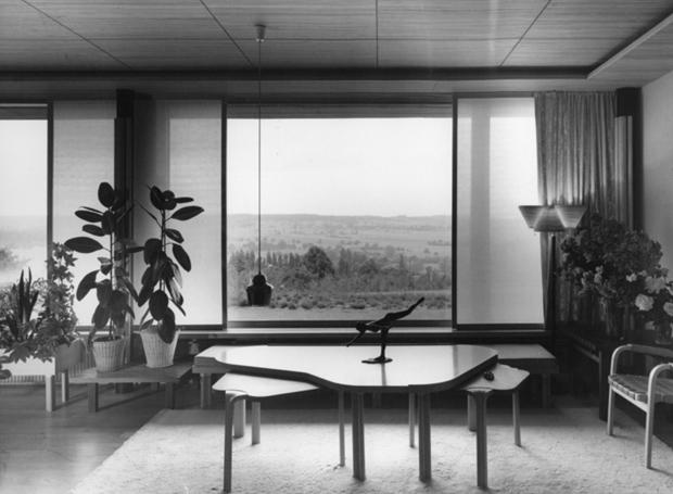 Maison-Louis-Carre-by-Alvar-Aalto-10